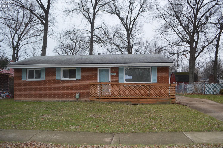 4888 Mapleview Drive, Vermilion, OH 44089