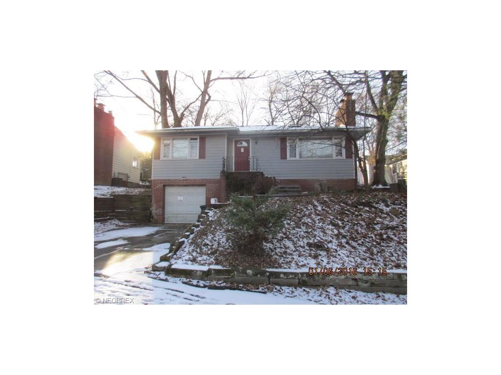 570 Barwell St, Akron, OH 44303