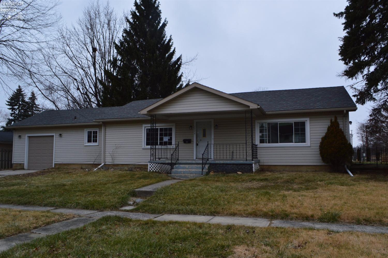 1004 Twinn Street, Fremont, OH 43420