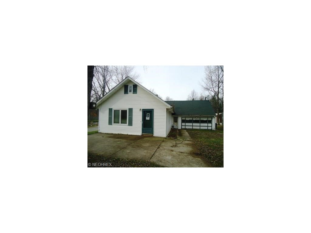 7460 Bronson Rd, Olmsted Township, OH 44138