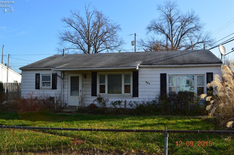 435 Woodridge Road, Vermilion, OH 44089