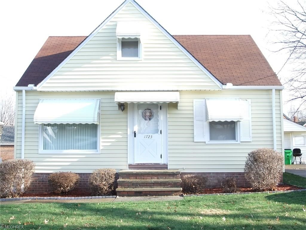 1723 East 294th St, Wickliffe, OH 44092