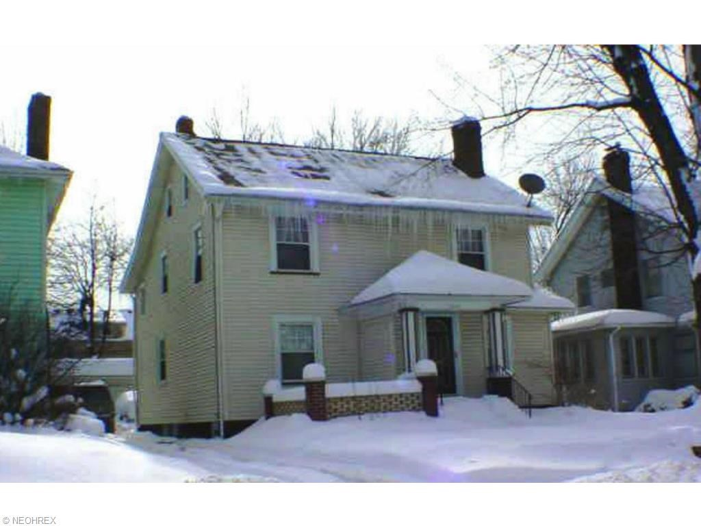 3240 Redwood Rd, Cleveland Heights, OH 44118