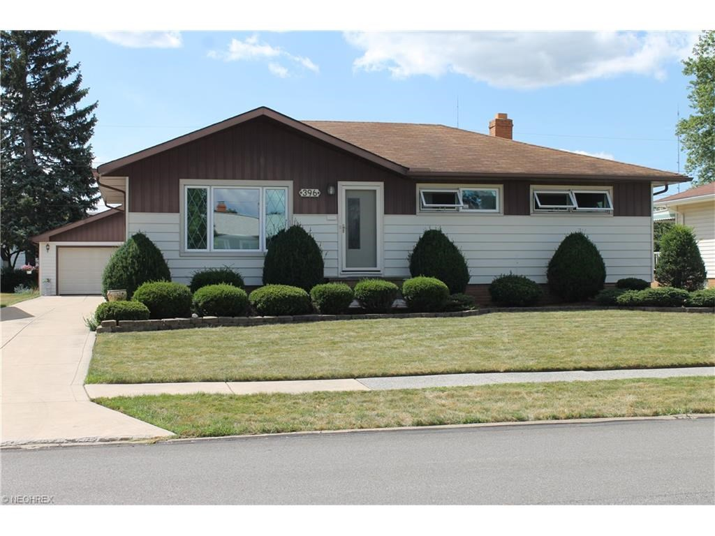 396 East Dartmoor Ave, Seven Hills, OH 44131
