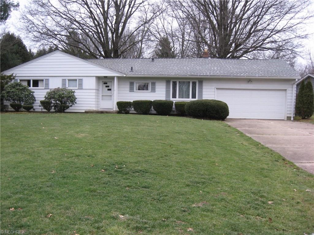 94 Kenridge Rd, Fairlawn, OH 44333