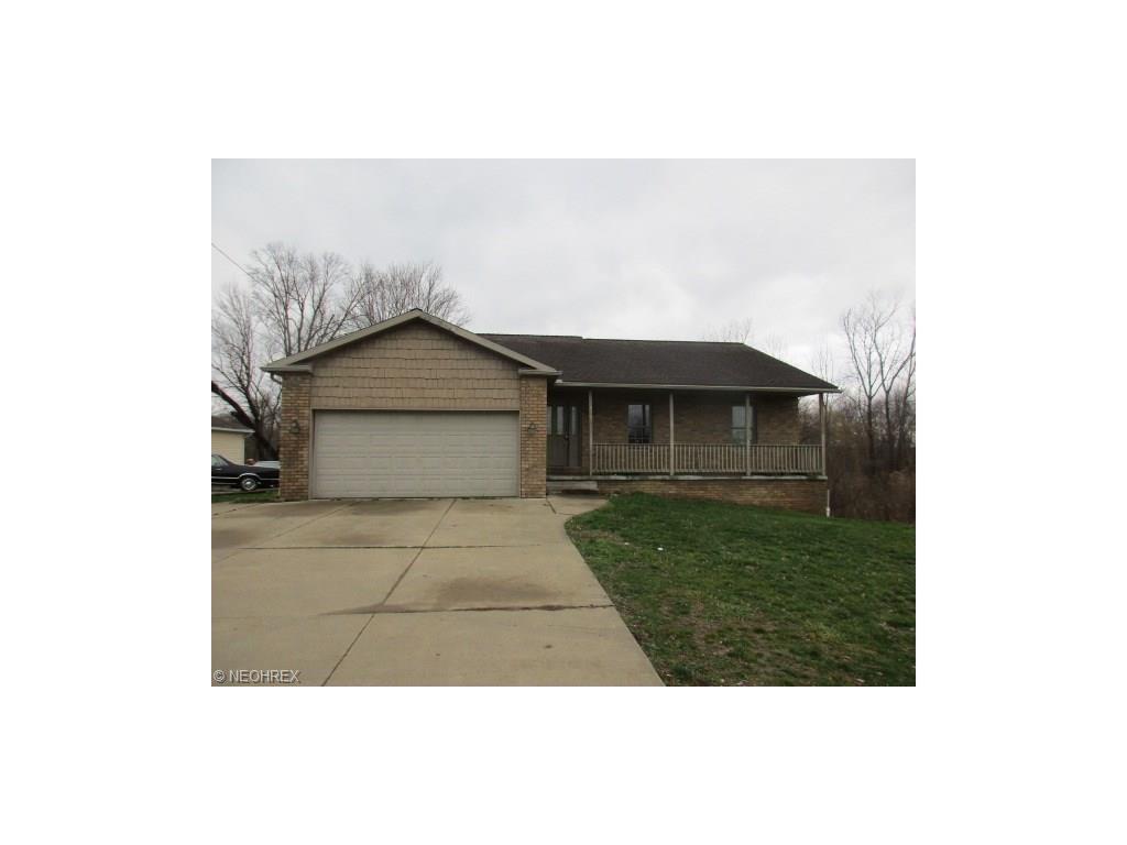 2748 North Turkeyfoot Rd, Akron, OH 44319