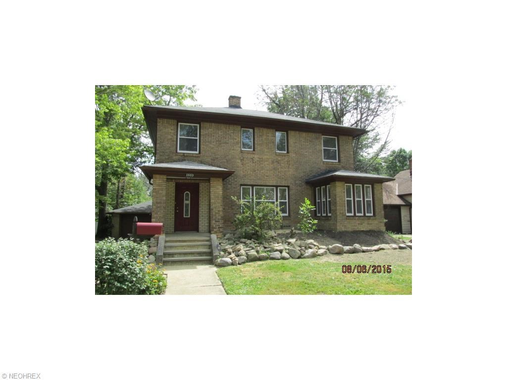 1669 Maple Rd, Cleveland Heights, OH 44121
