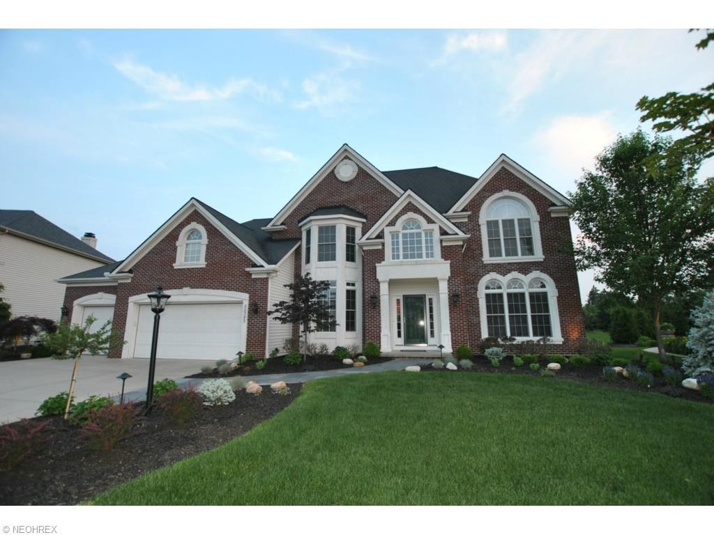 20393 Tramore Ln, Strongsville, OH 44149