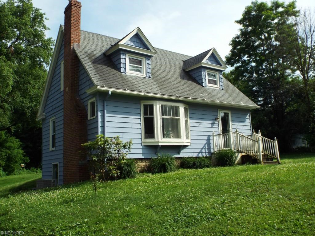 8320 Center St, Garrettsville, OH 44231