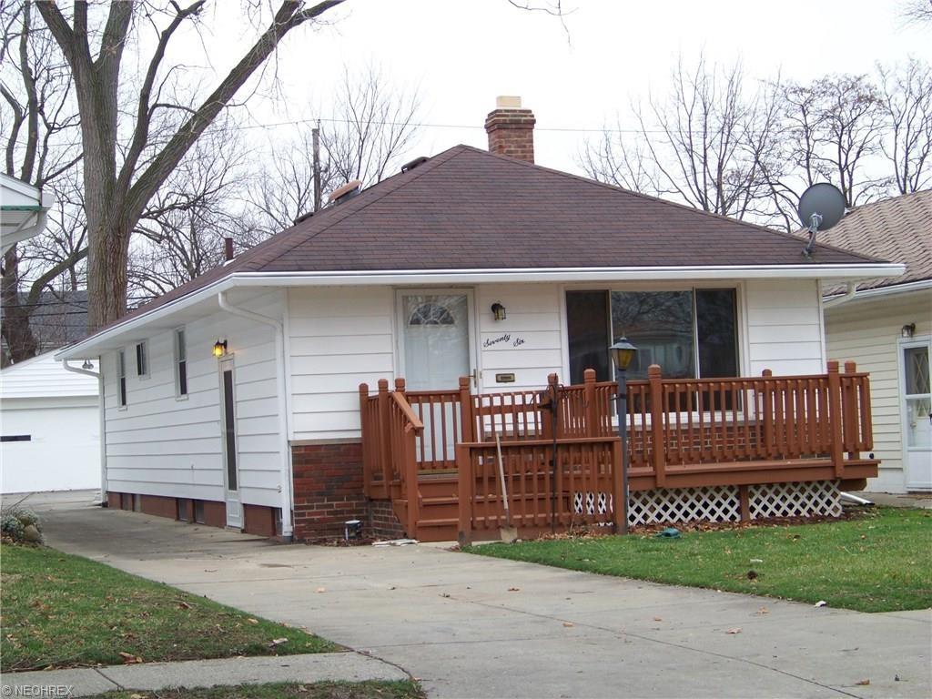 76 William St, Bedford, OH 44146