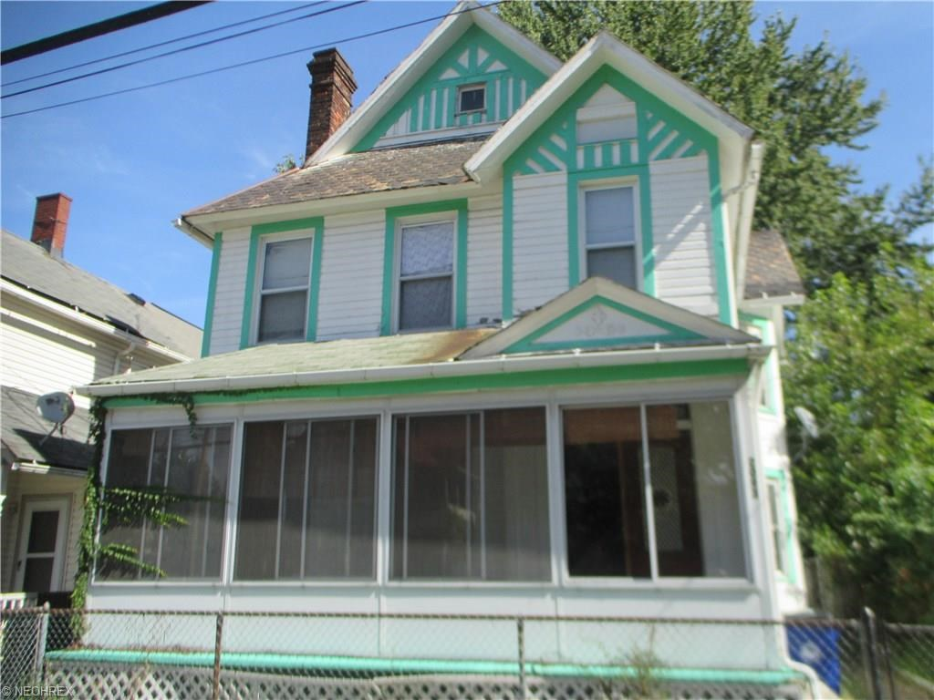 2093 West 38th St, Cleveland, OH 44113