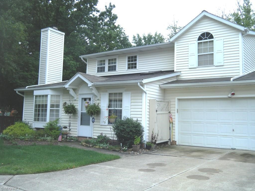 713 South Point Trl, Berea, OH 44017