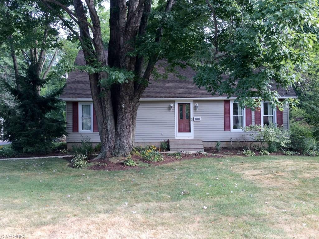 36430 Aurensen Rd, North Ridgeville, OH 44039