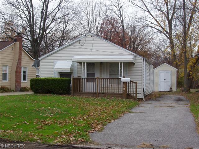 1304 East 342nd St, Eastlake, OH 44095