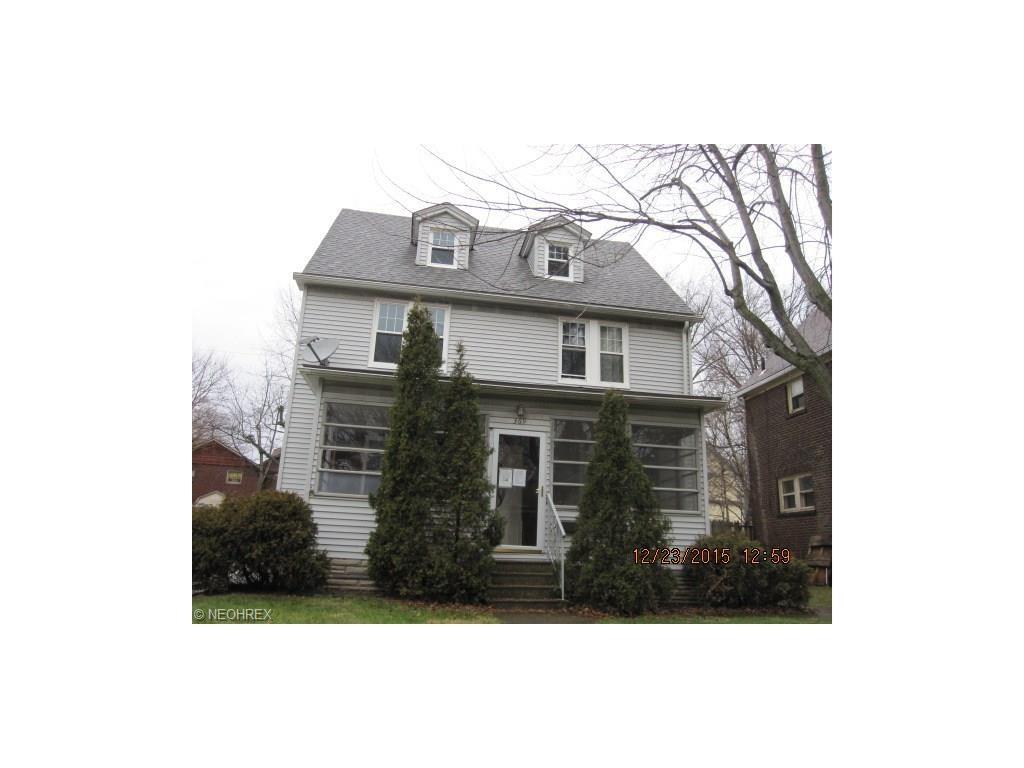 369 North Firestone Blvd, Akron, OH 44301