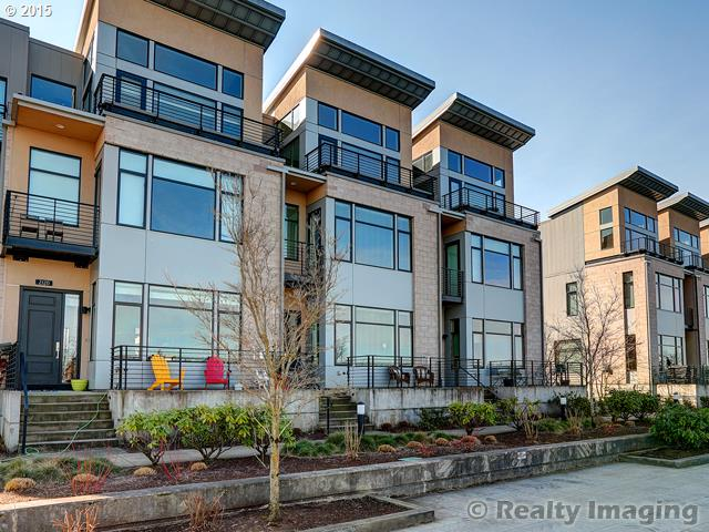 2124 NW 16TH AVE, Portland, OR 97209