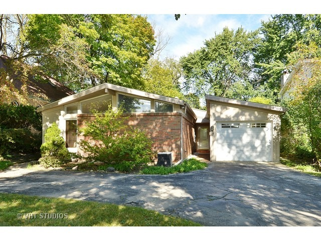 523 Green Bay Road, Highland Park, IL 60035
