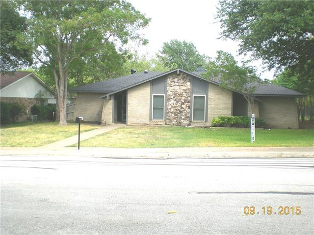 136 N Crestwood Boulevard, Desoto, TX 75115