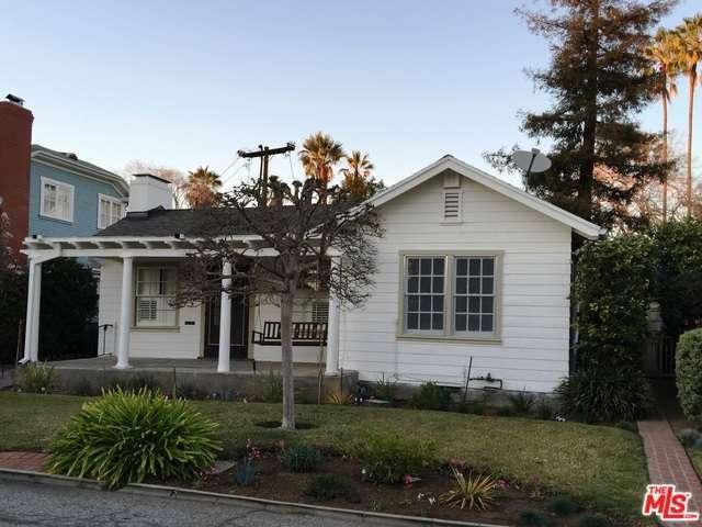 16 Oak Knoll Gardens Dr, Pasadena, CA 91106