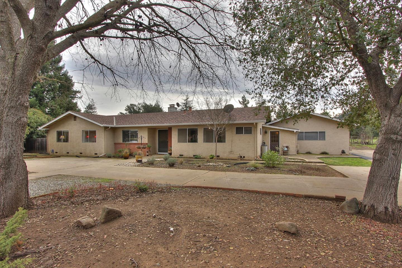 2120 Lilac Ln, Morgan Hill, CA 95037