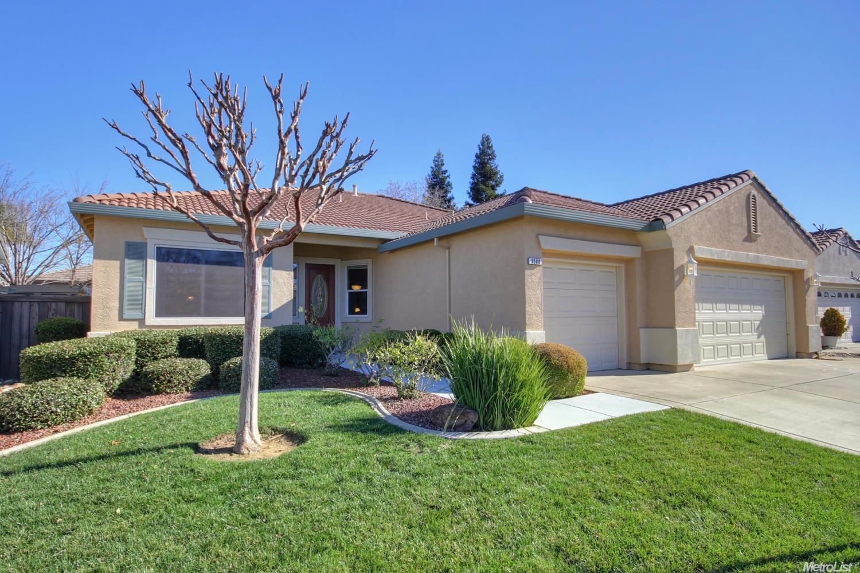 9500 Emerald Cove Lane, Elk Grove, CA 95758