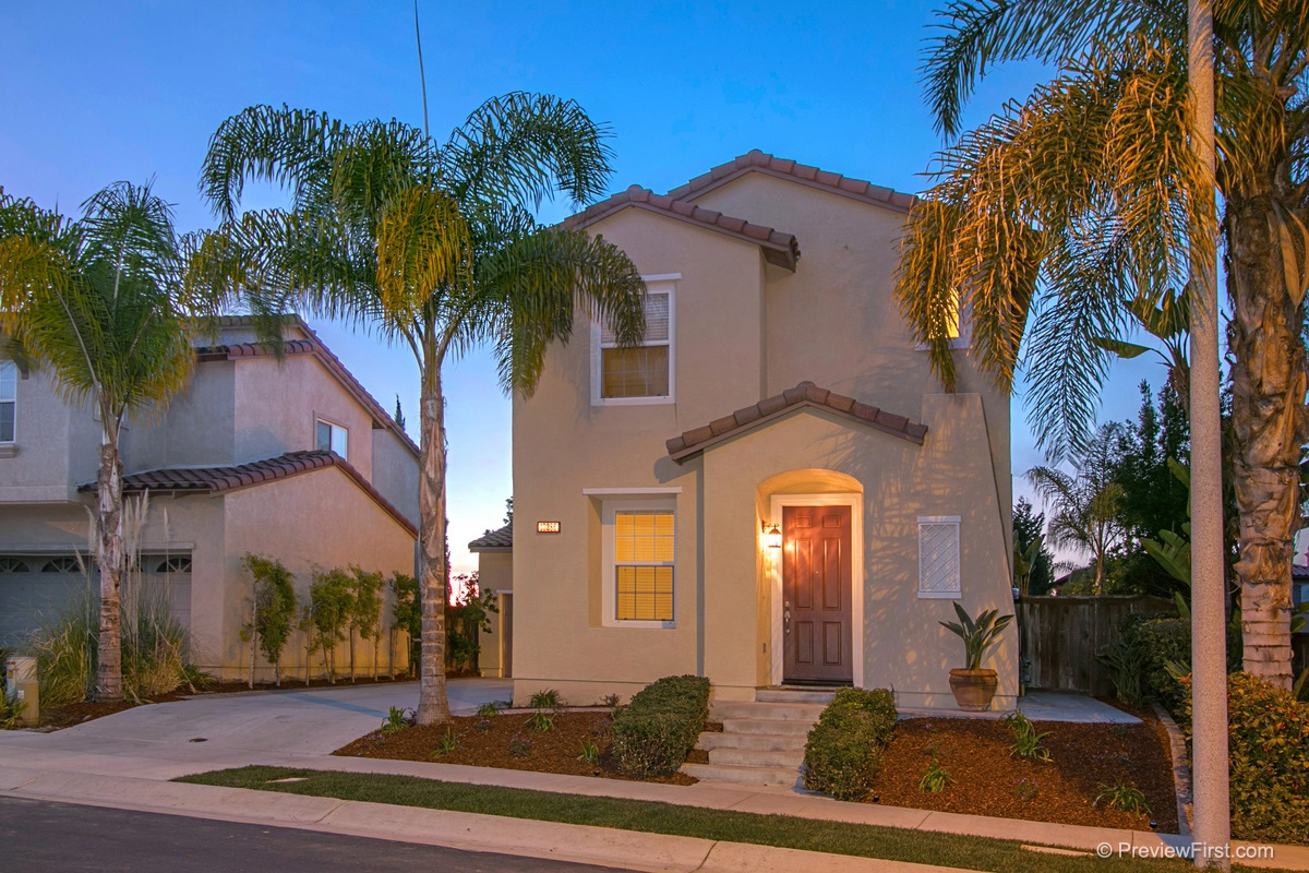 13286  Via Santillana, San Diego, CA 92129
