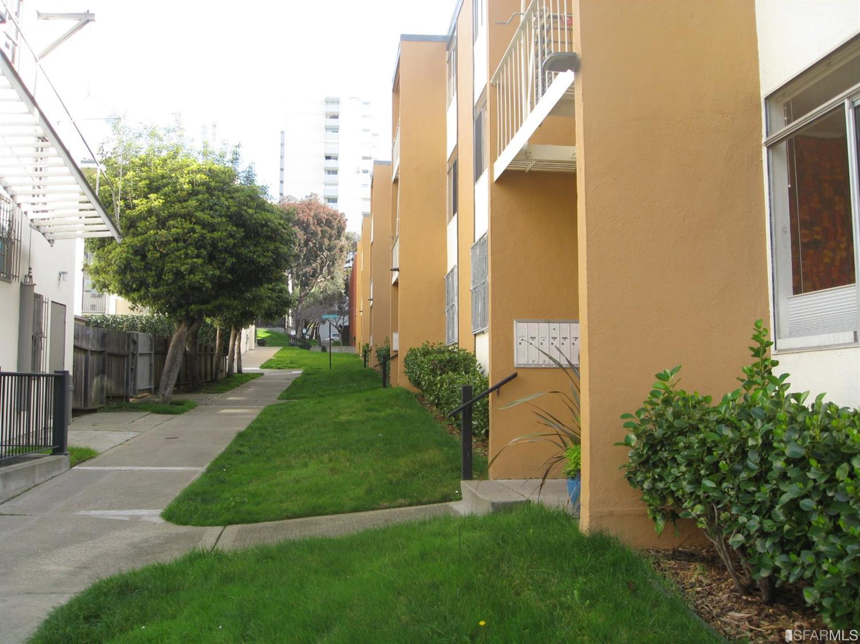 85 Western Shore Lane, San Francisco, CA 94115