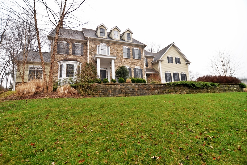 49 Parker Rd, Chester Twp., NJ 07930