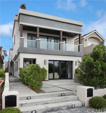 712 Fernleaf Avenue, Corona Del Mar, CA 92625