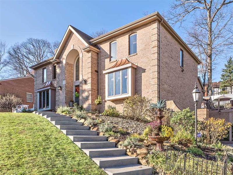405 Pine Villa Drive, Mccandless, PA 15044