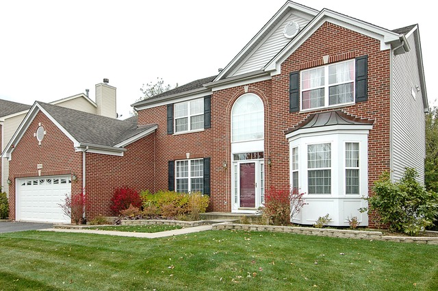 6091 Russell Drive, Hoffman Estates, IL 60192