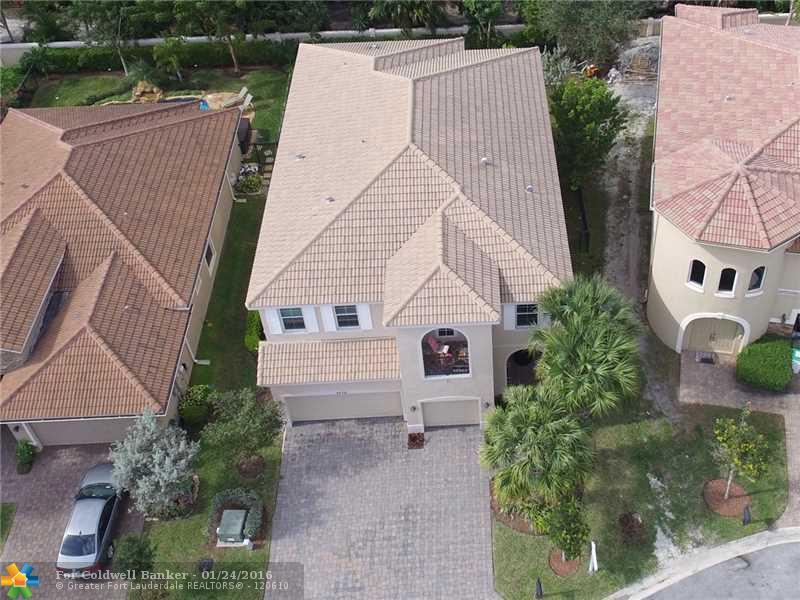 4570 San Mellina Dr, Coconut Creek, FL 33073