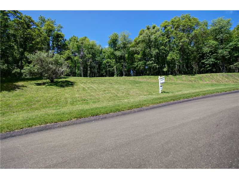 3 Willow Farms Lane, Fox Chapel, PA 15238