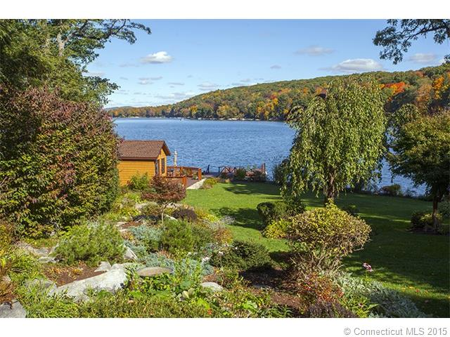 28  Greenwood Rd, New Milford, CT 06776