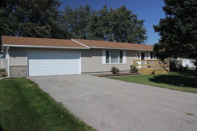2 East Centennial Court, Piper City, IL 60959