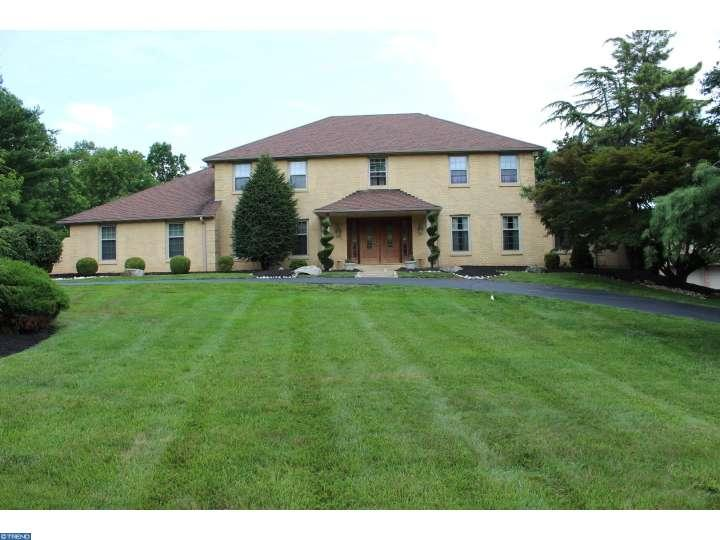 102 Sparango Ln, Plymouth Meeting, PA 19462