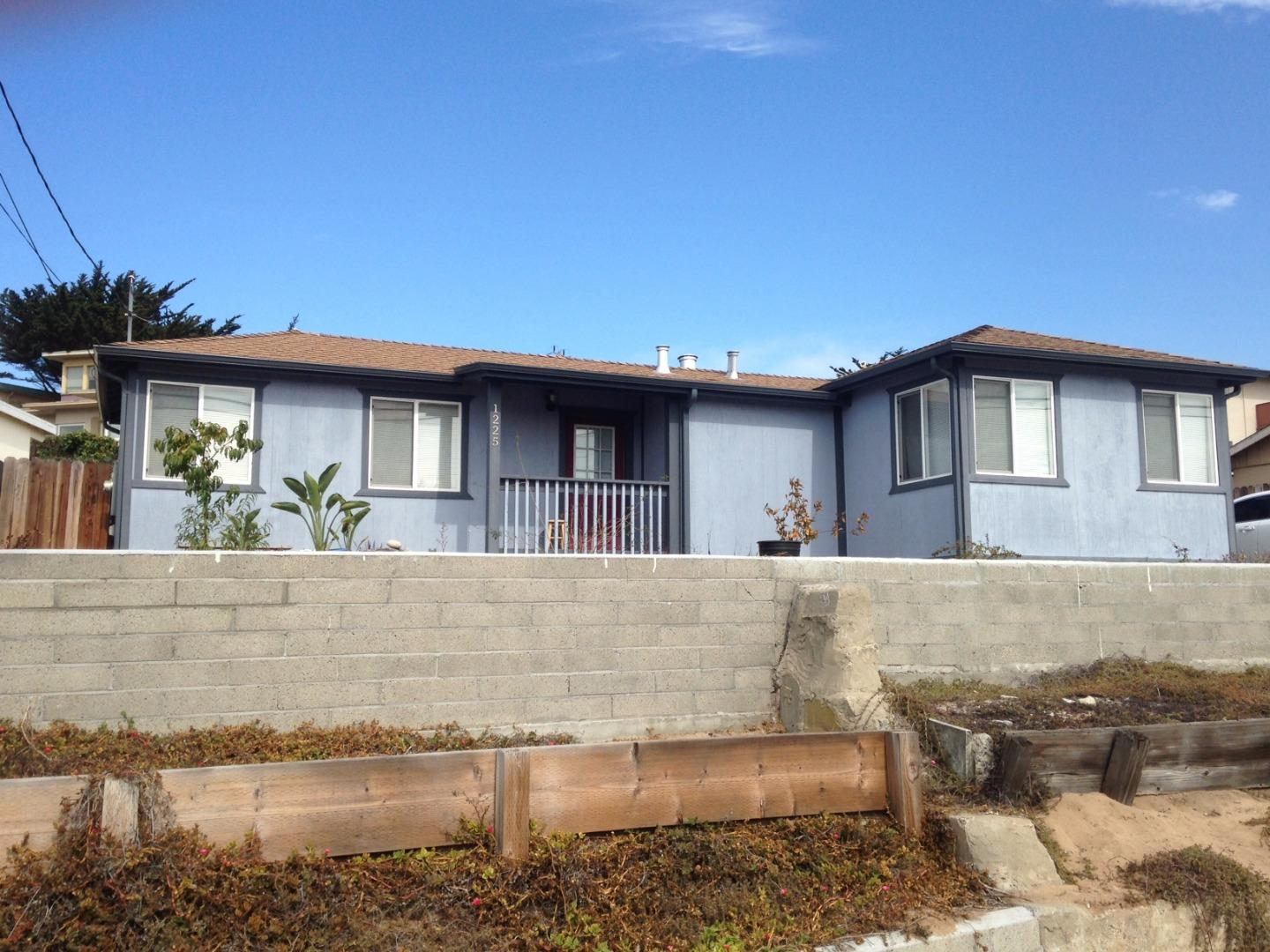 1225 Ord Grove Ave, Seaside, CA 93955