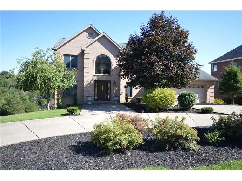 1431 Regency Dr, Jefferson Hills, PA 15025