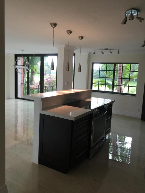 250 E Royal Palm Rd, Boca Raton, FL 33432