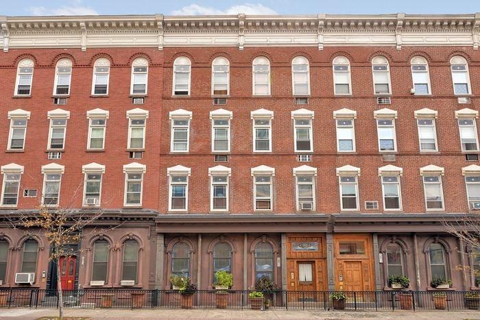 209 14th St, Hoboken, NJ 07030