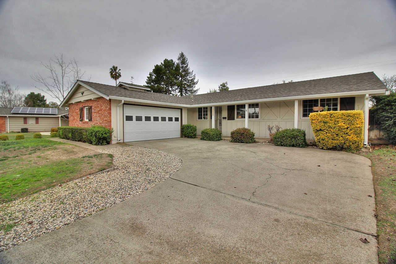 1484 Lewiston Dr, Sunnyvale, CA 94087