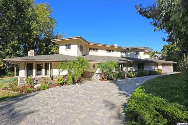 975 Regent Park Drive, La Canada Flintridge, CA 91011