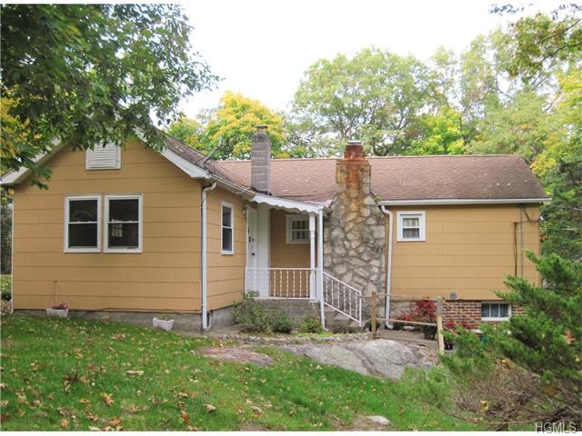 5 Forest Place, Lake Peekskill, NY 10537