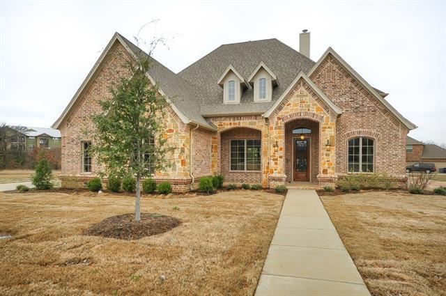 1462  Creekwood Drive, Cedar Hill, TX 75104