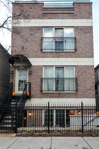 2839 North Ashland Avenue, Chicago, IL 60657