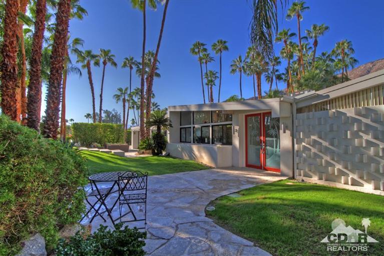 601 Camino Sur, Palm Springs, CA 92262