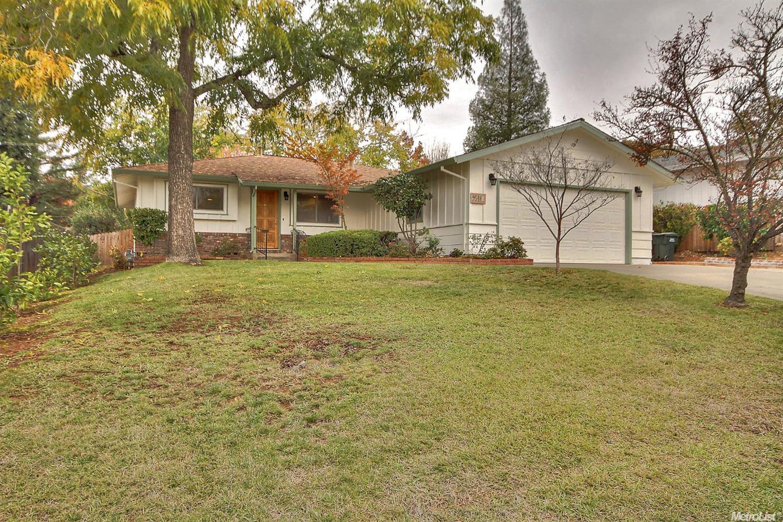 9548 Golden Drive, Orangevale, CA 95662
