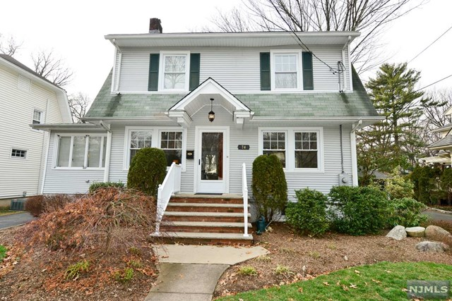 74 Abbington Ter, Glen Rock, NJ 07452