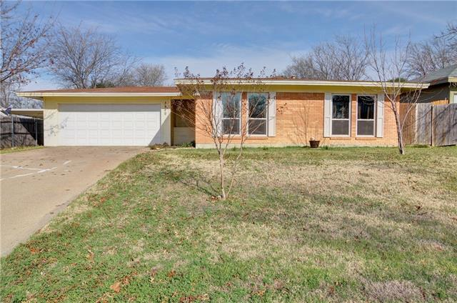 3920  Wedgway Drive, Fort Worth, TX 76133