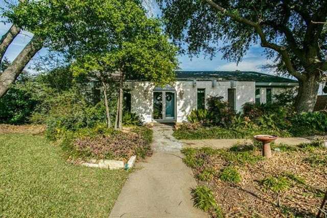 432  Baker Drive, Hurst, TX 76054
